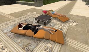 Calli teaches Ahuva the Good Life