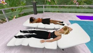 oura and ahuva test the recliners