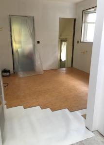 floor with cushioning