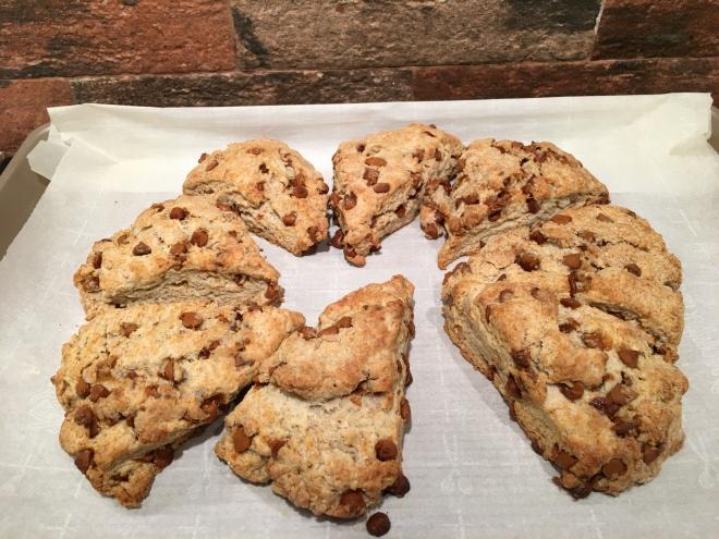 baked cinnamon scones